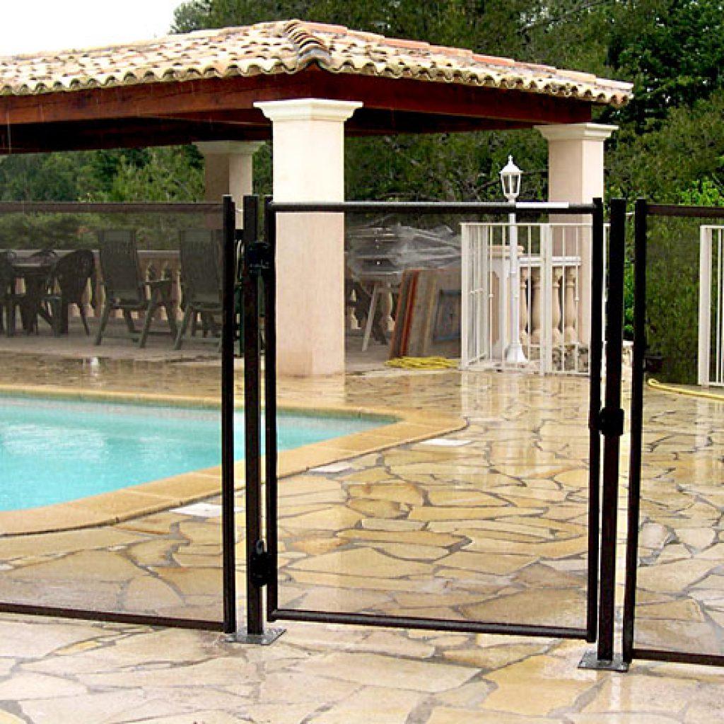 Comment poser ses barri res de s curit autour de sa piscine - Realiser sa piscine ...