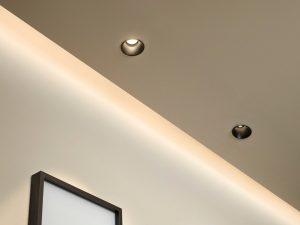 spot au plafond