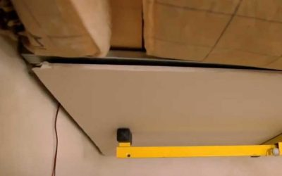 Fixation plaque : poser du placo au plafond