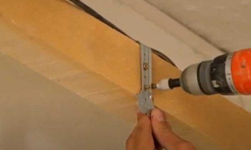 Suspentes : poser du placo au plafond