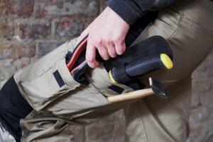 Pantalon de travail : les caractéristiques à privilégier par métier