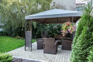 Tonnelle de jardin : emplacement, entretien, coût